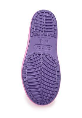 Boty BUMP IT SHOE KIDS C10 blue/violet, Crocs - 3