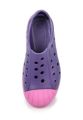 Boty BUMP IT SHOE KIDS C11 blue/violet, Crocs - 4