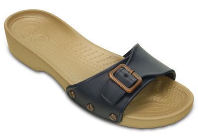 Pantofle SARAH SANDAL W11 navy/gold, Crocs - 6