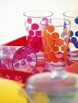 Plastové stolování